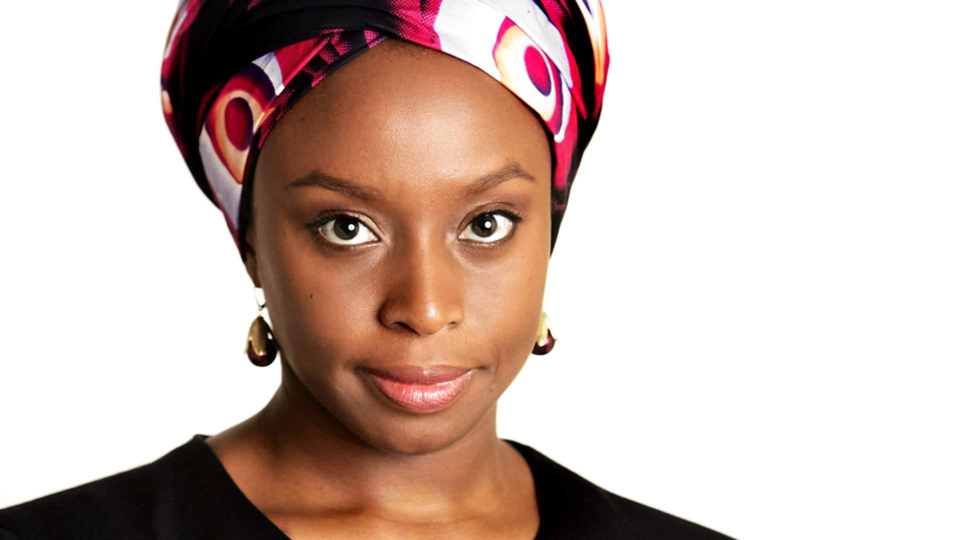 Algo alrededor de tu cuello (2010) Chimamanda Ngozi Adichie
